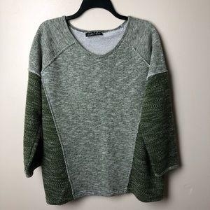 Sweaters - Quarter Sleeve Colorblock Sweater